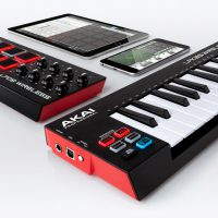 Wireless Controllers from Akai: LPD8 and LPK25